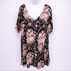 Staring at Stars Black Floral Button Down Tunic